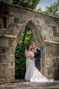 Bride and groom photography at Rogerthorpe Manor In Pontefract