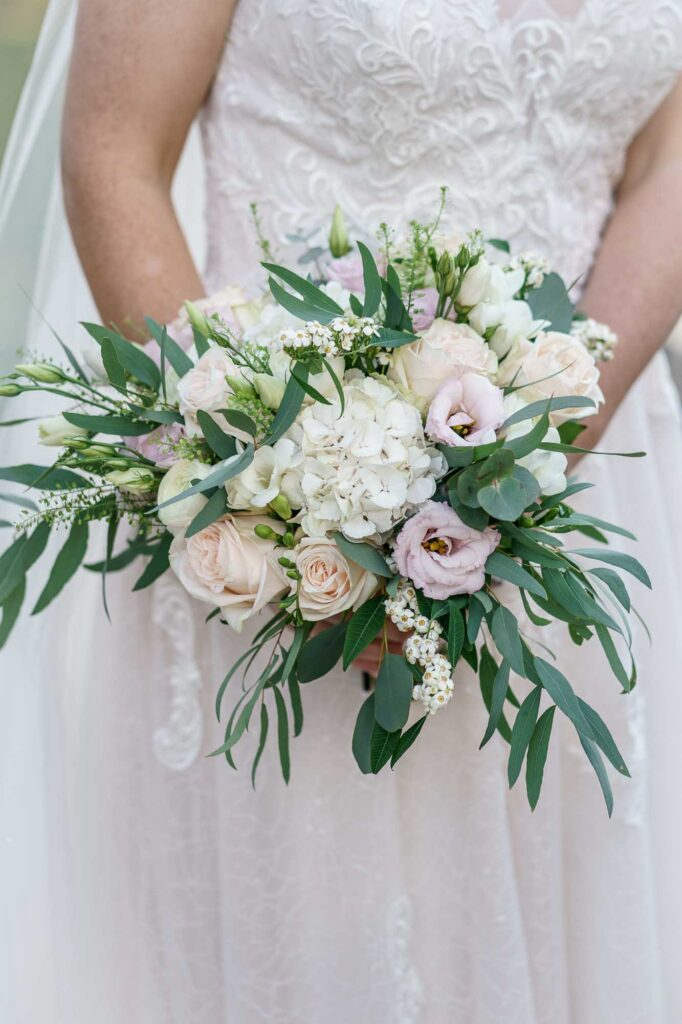 Wedding Flowers photographed at Wentbridge House Hotel in Pontefract