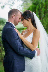 Bride and Groom at The Bridge Inn